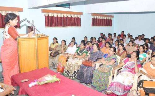 Dr. Mrs. D.B. Kshirsagar Principal